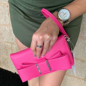 Betsey Johnson Bags - NEW Betsey Johnson Pink Bow Wallet / Clutch